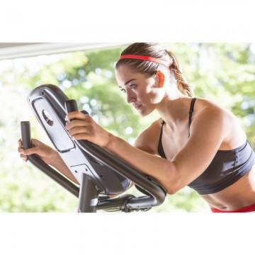 Poza Bicicleta fitness SCHWINN 570U Upright, Greutate maxima utilizator 136 Kg, Ecran LCD, USB, Suport sticla, Touchscreen, MP3, Boxe integrate